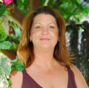Cynthia Gail headshot
